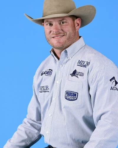 Hunter Cure – Holliday, Texas ($104,568) 5-time WNFR qualifier 2013 & 2015 World Champion