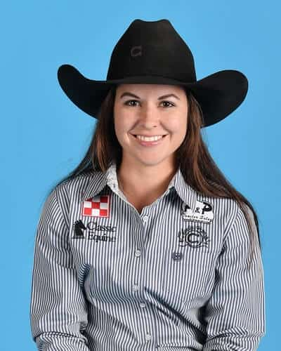 Hailey Kinsel – Cotulla, Texas ($148,867) 3-time WNFR qualifier 2018 World Champion