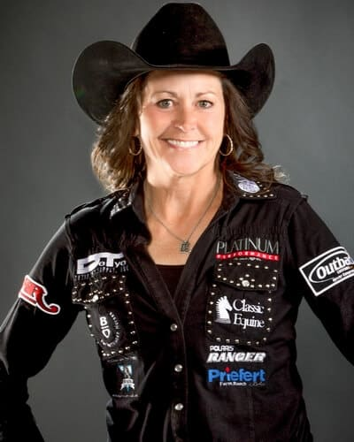 Lisa Lockhart – Oelrichs, S.D. (146,352) 13-time WNFR qualifier 2-time WNFR Champion